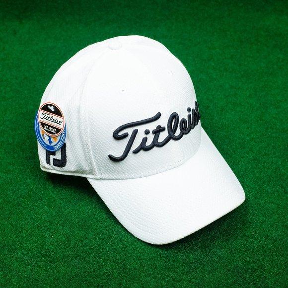NWT Titleist FJ ProV1 White/Black Stretch Hat
